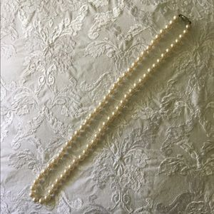 Vintage Faux Pearl Necklace (Length = 2')